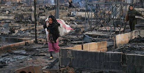 Syrian refugees flee camps due to arson attacks